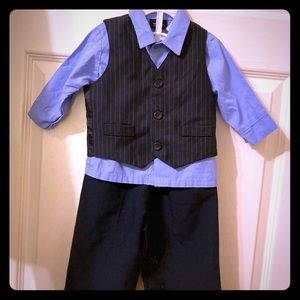 HOLIDAY EDITIONS: Baby boy dress suit